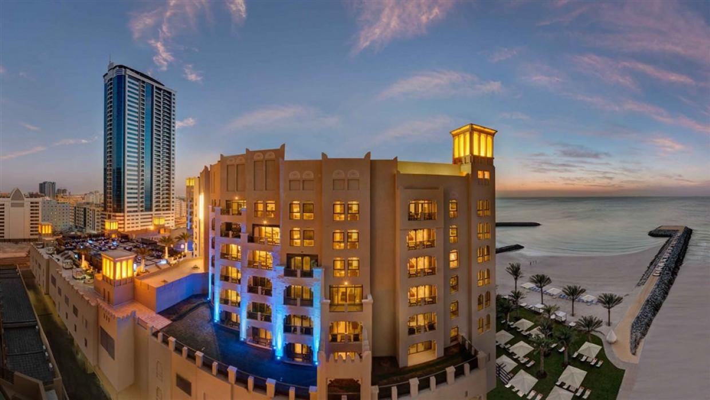 Bahi Ajman Palace Hotel, fotka 1