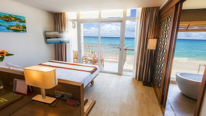 Centara Sandy Beach Resort Danang, fotka 0