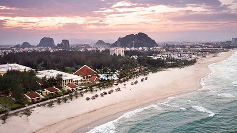 Centara Sandy Beach Resort Danang, fotka 2