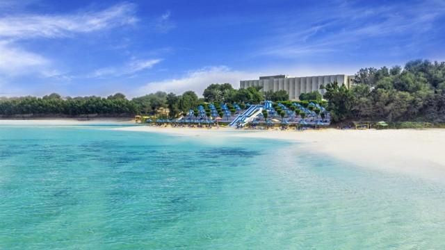 BM Beach Hotel