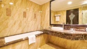 Bahi Ajman Palace Hotel, fotka 20