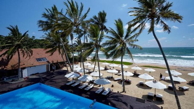 EKHO Surf Hotel
